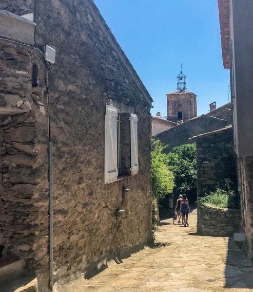 visite-village-la-garde-freinetsarahozolins